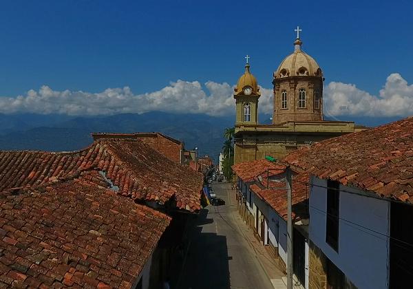 La Cámara de Comercio de Bucaramanga realizó Guía Histórica de El Socorro